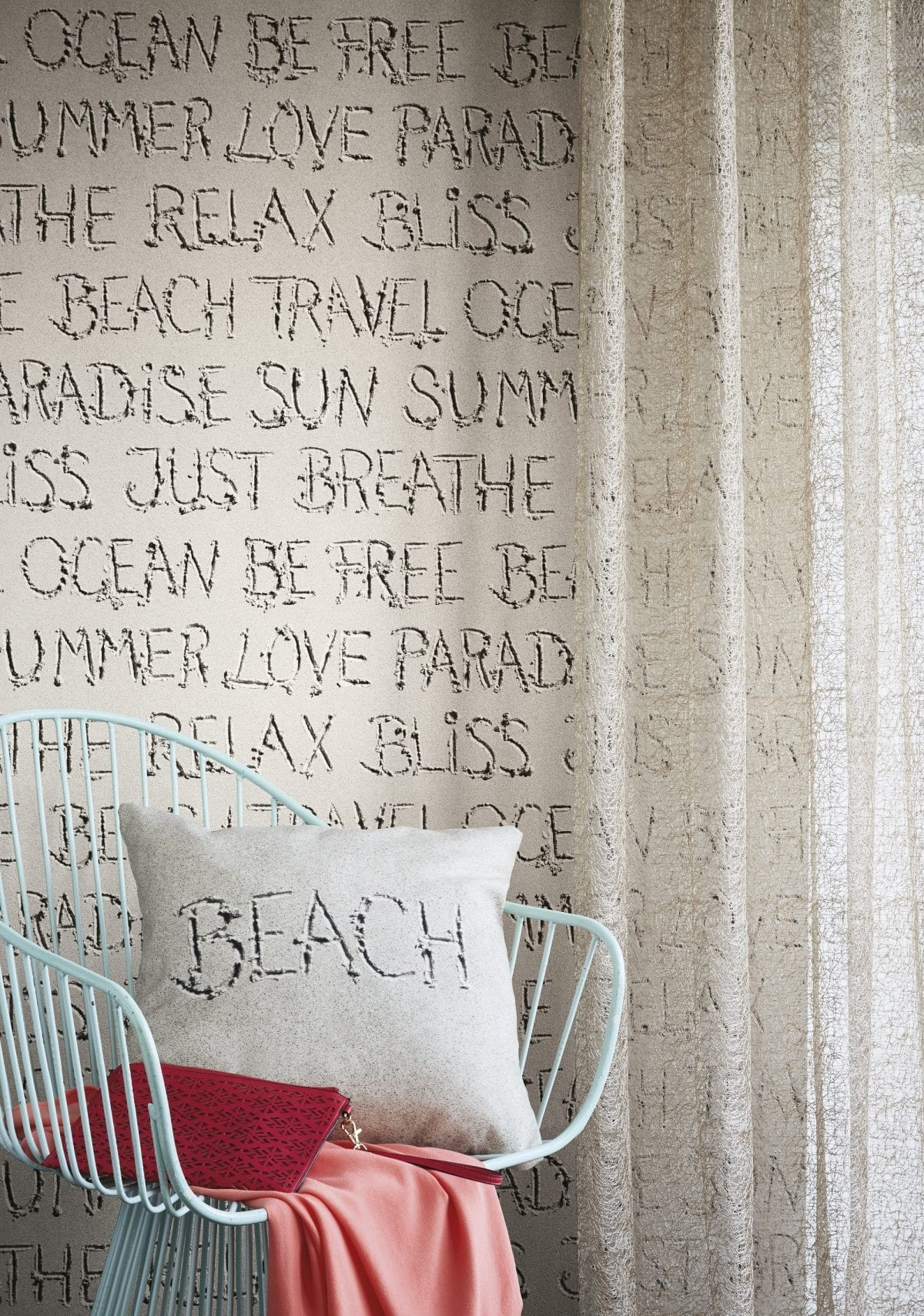 Papel mural letras en arena de playa CRISPY PAPER 476309 Rasch